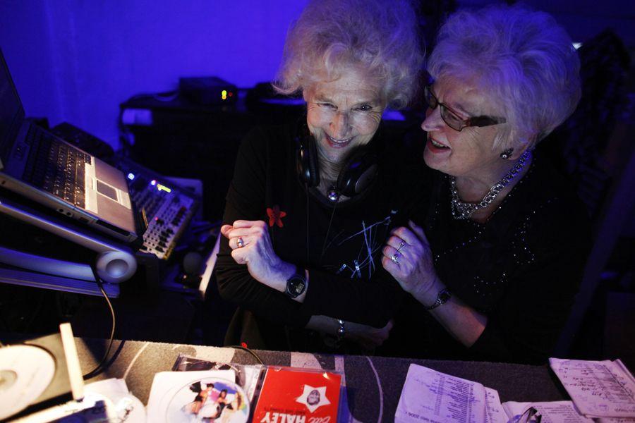 rdn 4f053ead4c5e3 DJ Wika Szmyt: 73 летняя диджей из Польши