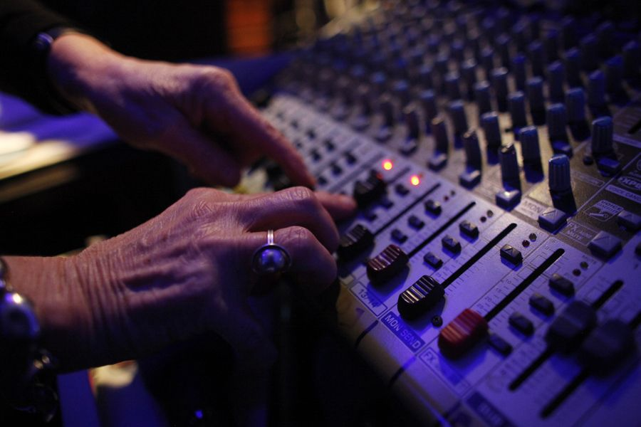 rdn 4f053eb037d3b DJ Wika Szmyt: 73 летняя диджей из Польши