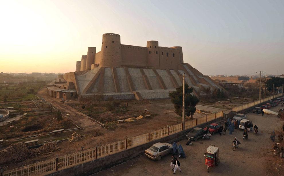 s a10 34852682 Фото из Афганистана за декабрь 2011 года