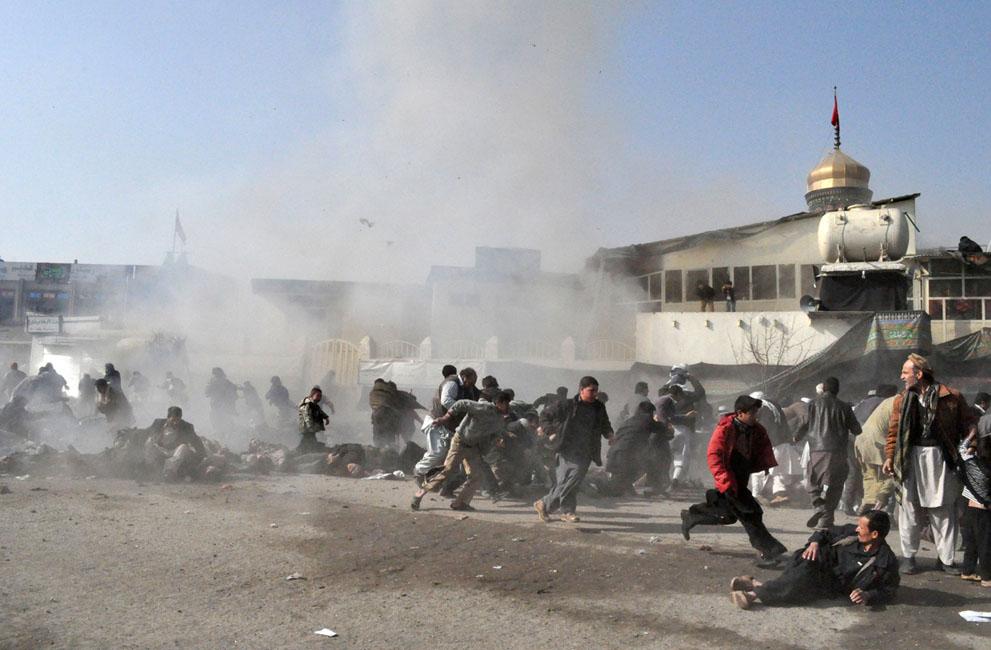 s a11 RTR2UWHC Фото из Афганистана за декабрь 2011 года