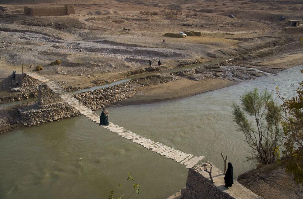 s a15 00499119 Фото из Афганистана за декабрь 2011 года