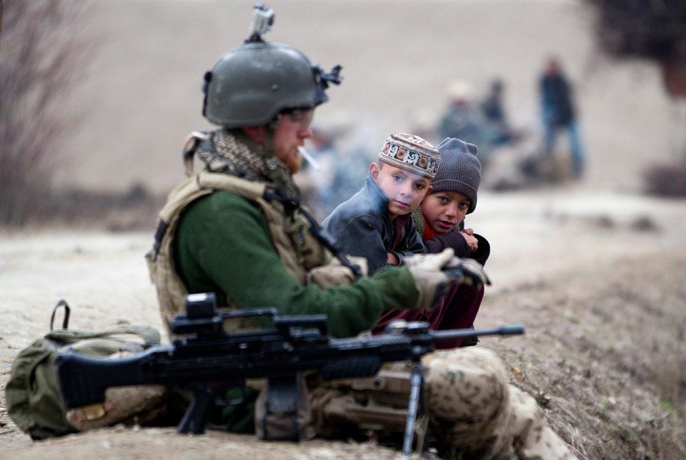 s a19 RTR2VBIH Фото из Афганистана за декабрь 2011 года