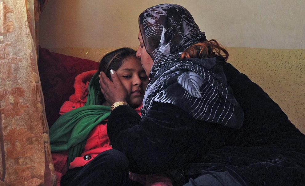 s a29 35527645 Фото из Афганистана за декабрь 2011 года