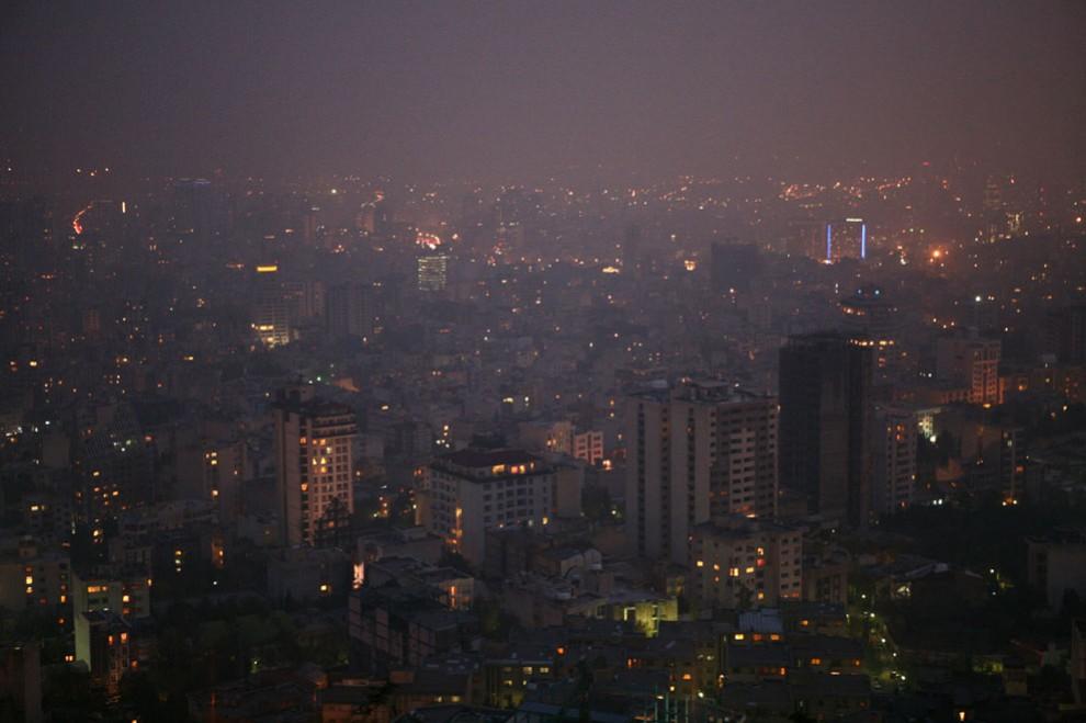 s i15 03115252 990x659 Заглянем в Иран