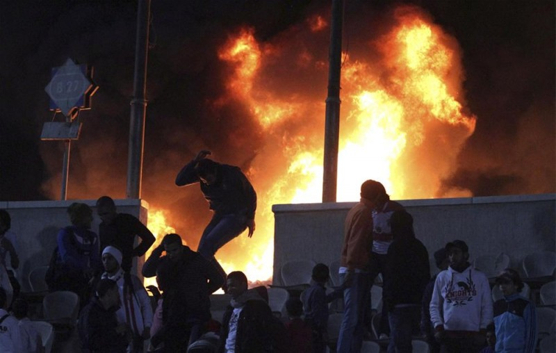Футбол в Египте: бойня на стадионе в Порт-Саиде