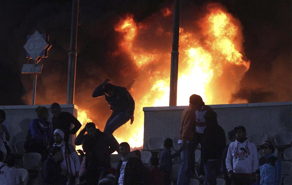 0000323660 Футбол в Египте: бойня на стадионе в Порт Саиде