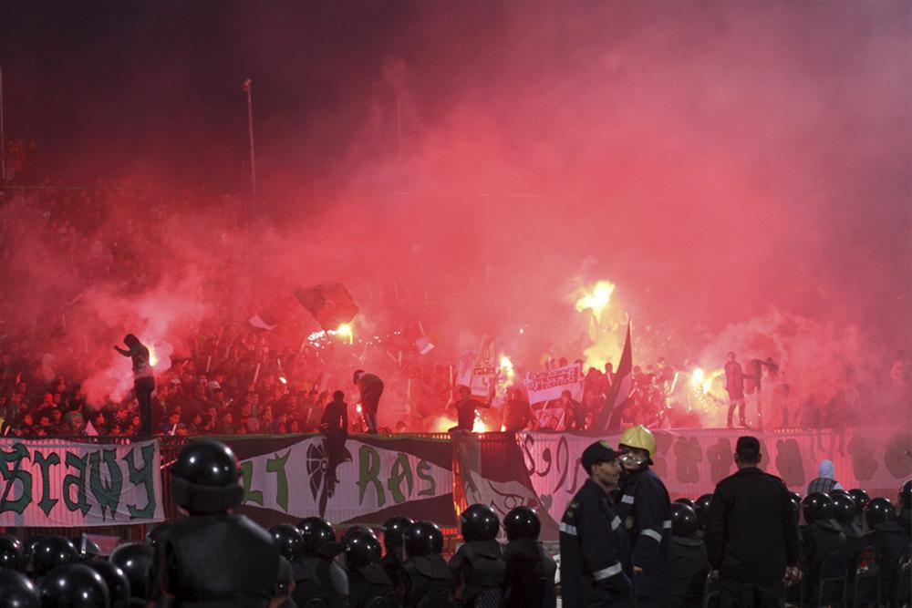 0000323664 Футбол в Египте: бойня на стадионе в Порт Саиде