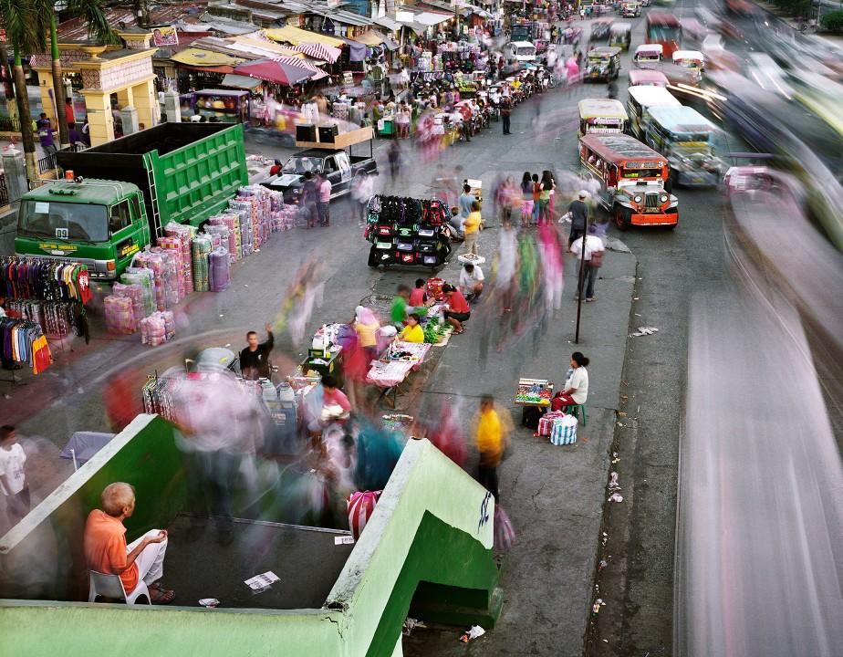 0110 Суматоха больших городов в фотопроекте Metropolis
