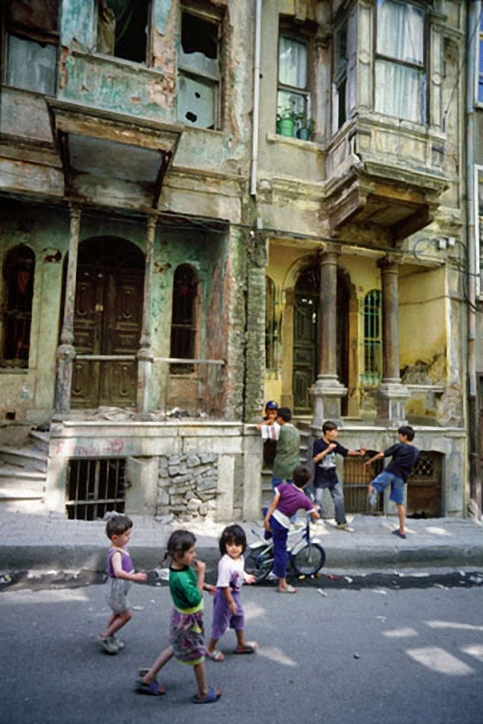 0173 Стамбул в цвете: Фотограф Ара Гюлер