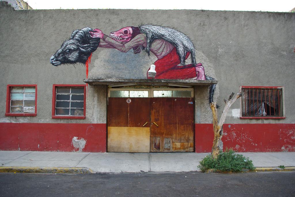 01800000 Животный стрит арт от бельгийского граффитчика ROA