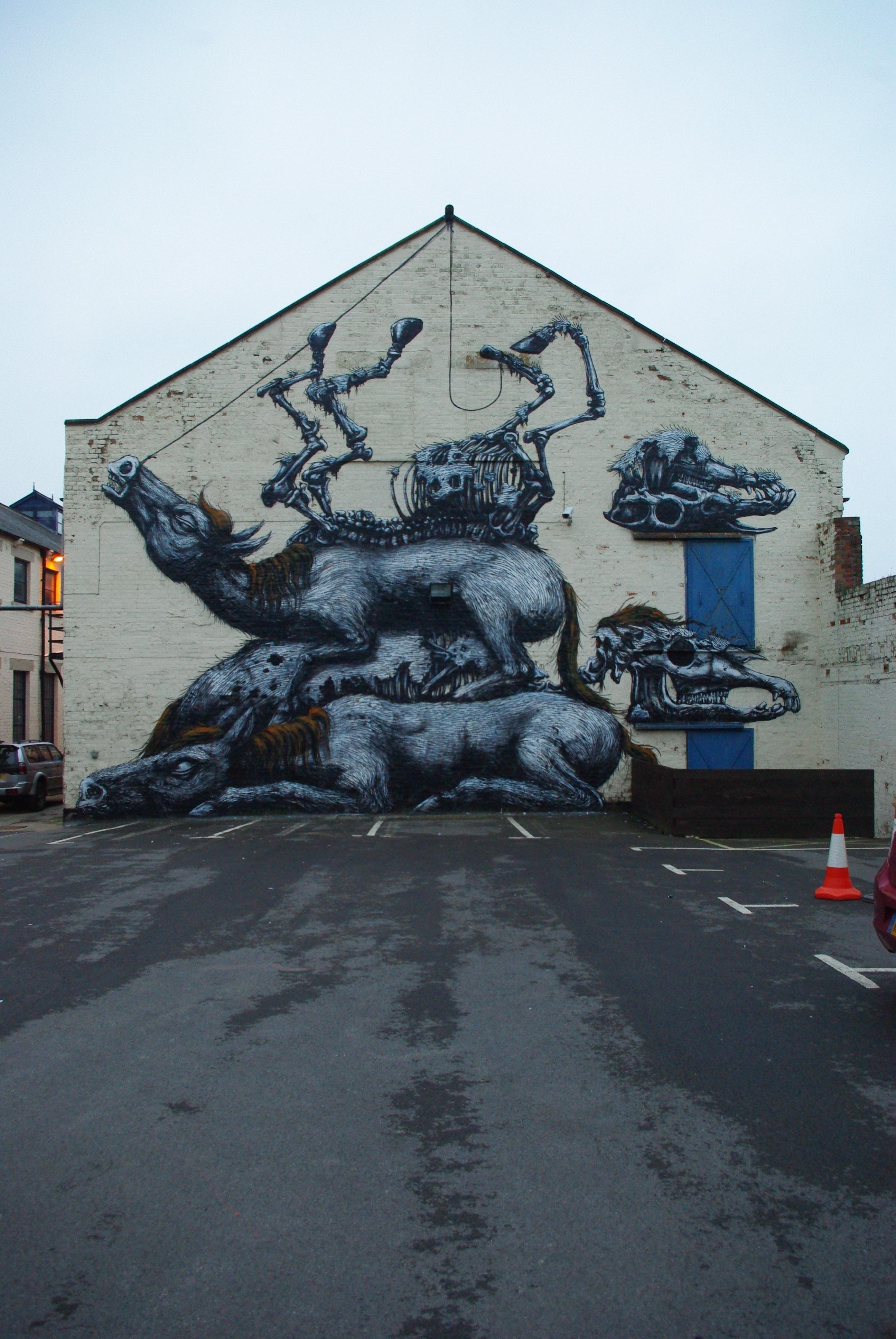 02900000 Животный стрит арт от бельгийского граффитчика ROA