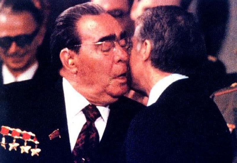 0512 10 любопытных фактов про поцелуи Брежнева