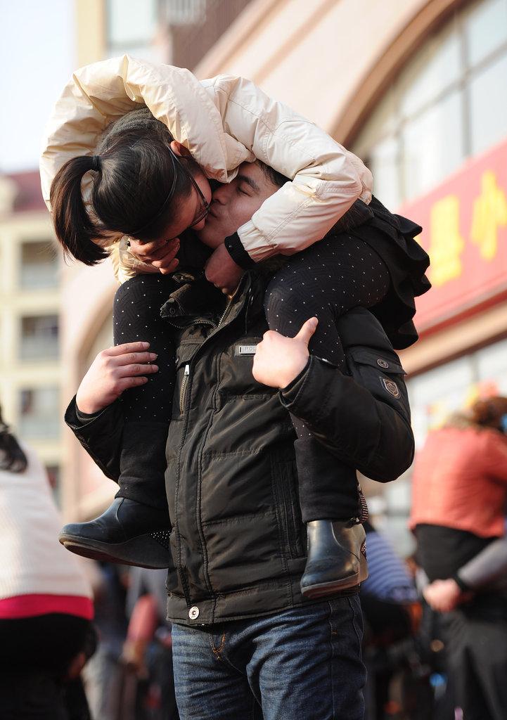058 Конкурс на самый долгий поцелуй в Китае: страсть до потери сознания