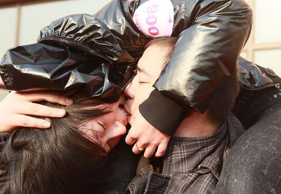 085 Конкурс на самый долгий поцелуй в Китае: страсть до потери сознания