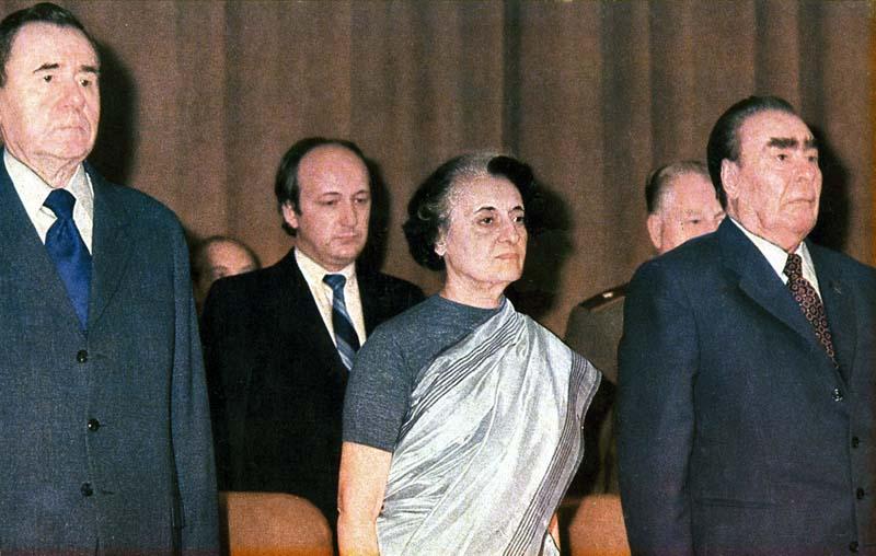 088 10 любопытных фактов про поцелуи Брежнева