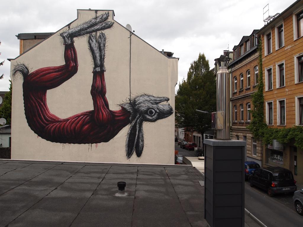 08800000 Животный стрит арт от бельгийского граффитчика ROA