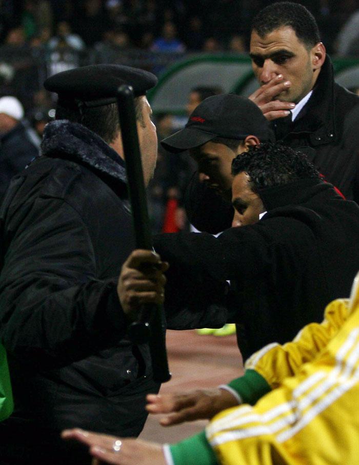 0fdef470f6ef87b915e64edc1573f26d Футбол в Египте: бойня на стадионе в Порт Саиде