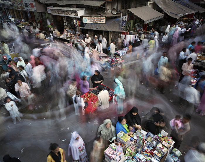 100.Work in Progress Bombay World Press Photo Award 2011 Суматоха больших городов в фотопроекте Metropolis