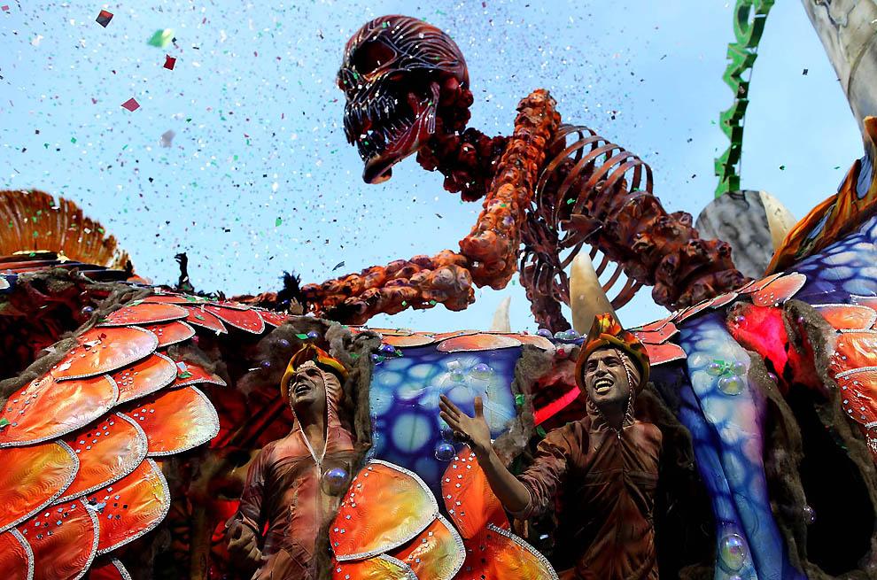 10115 Карнавал в Рио 2012