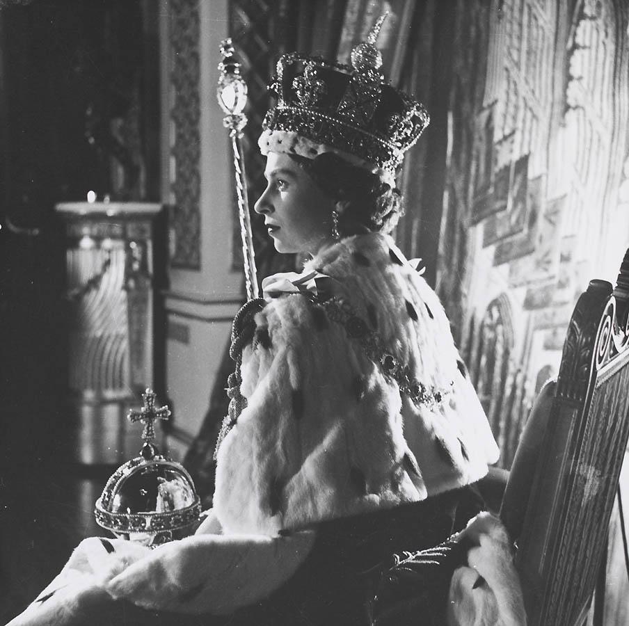 1043 Королева Британии Елизавета II: 60 лет на троне
