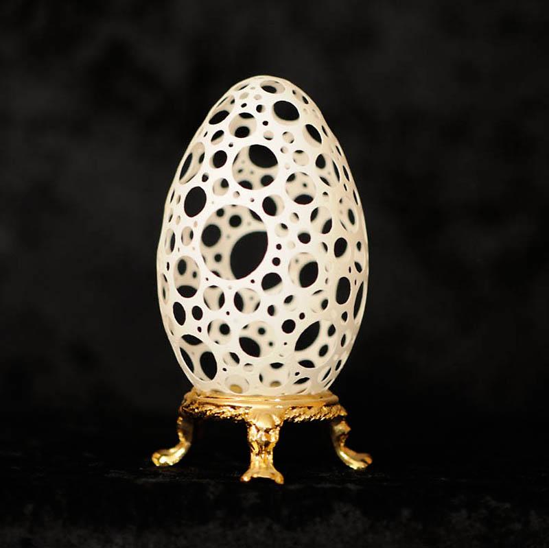 1067 Ажурные шедевры: Резная яичная скорлупа от Брайан Бэйти