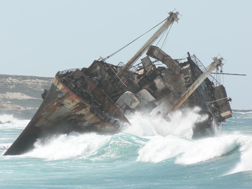 1074 Живописные последствия кораблекрушений