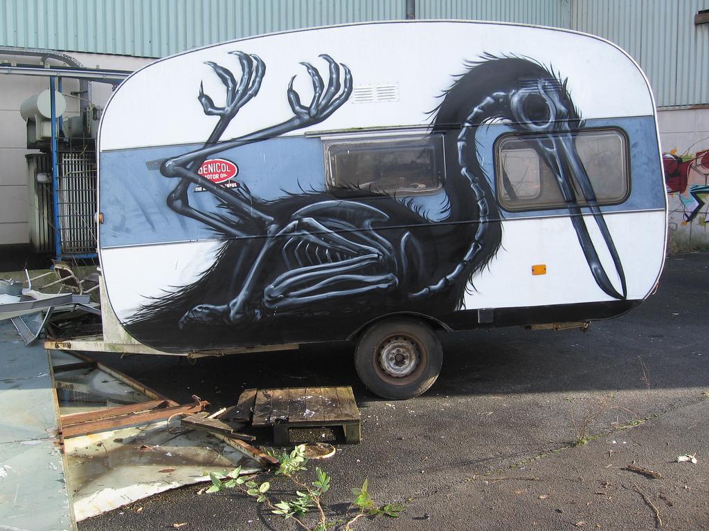 10800000 Животный стрит арт от бельгийского граффитчика ROA