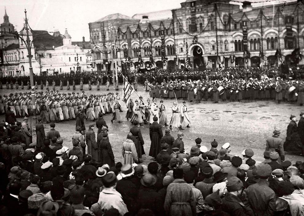 1084 Россия во мгле: 1921 1923 годы глазами западных фотокорреспондентов