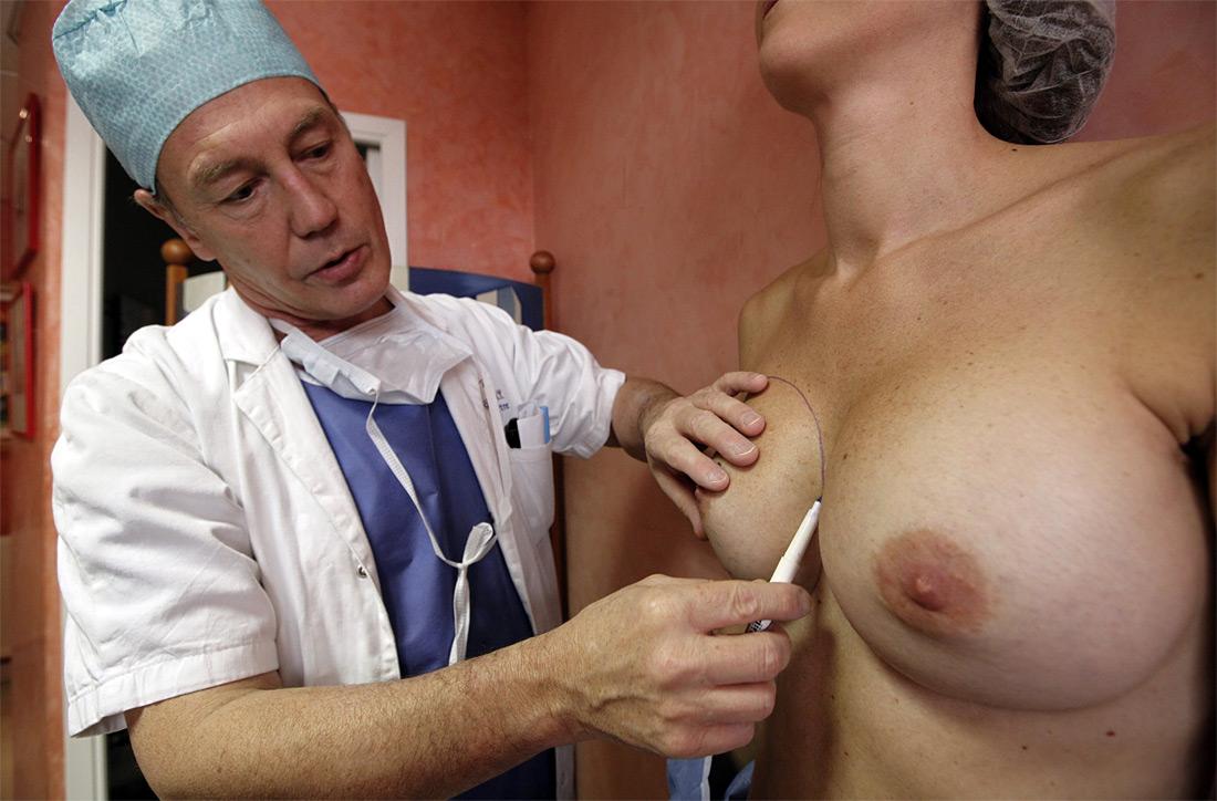 1105 Операция по замене некачественных грудных имплантантов PIP