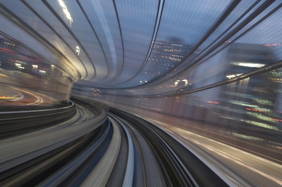 118 990x655 Японские поезда: Как поймать скорость?