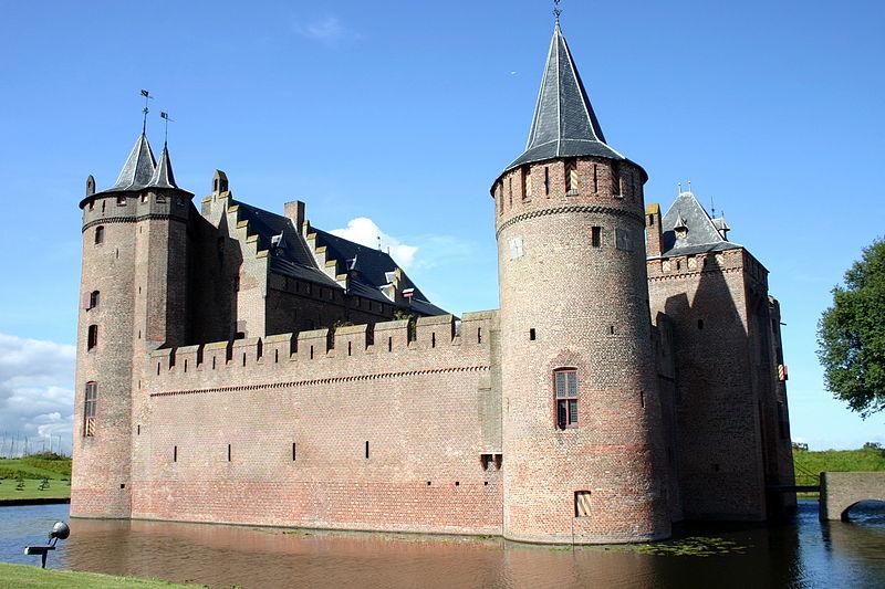 1341 Замки на воде или 20 самых красивых замковых рвов в мире