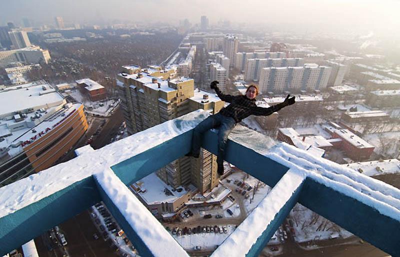 1407 Экстремальный городской альпинизм в России