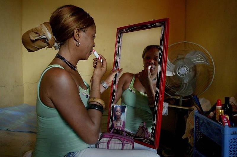 1457 Проституция в Лагосе