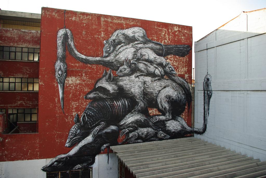 14800000 Животный стрит арт от бельгийского граффитчика ROA