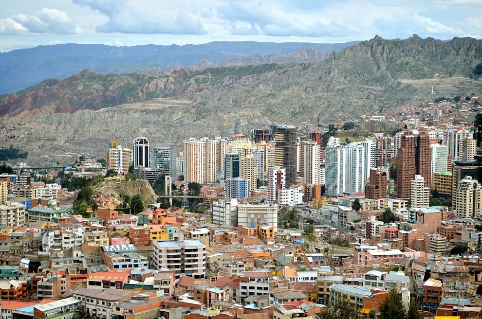 1508 Ла Пас   самая высокогорная столица мира с высоты