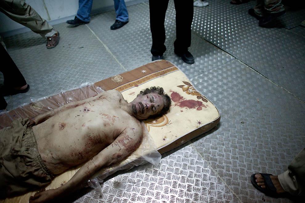 15108 В память о погибшем в Сирии фотокорреспонденте Реми Ошлике
