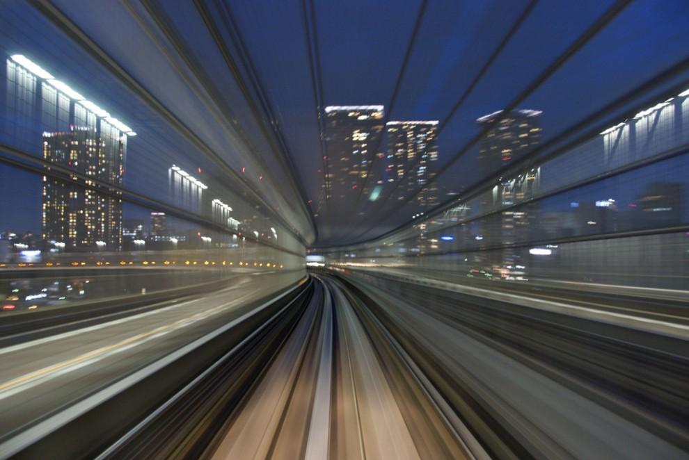 155 990x662 Японские поезда: Как поймать скорость?