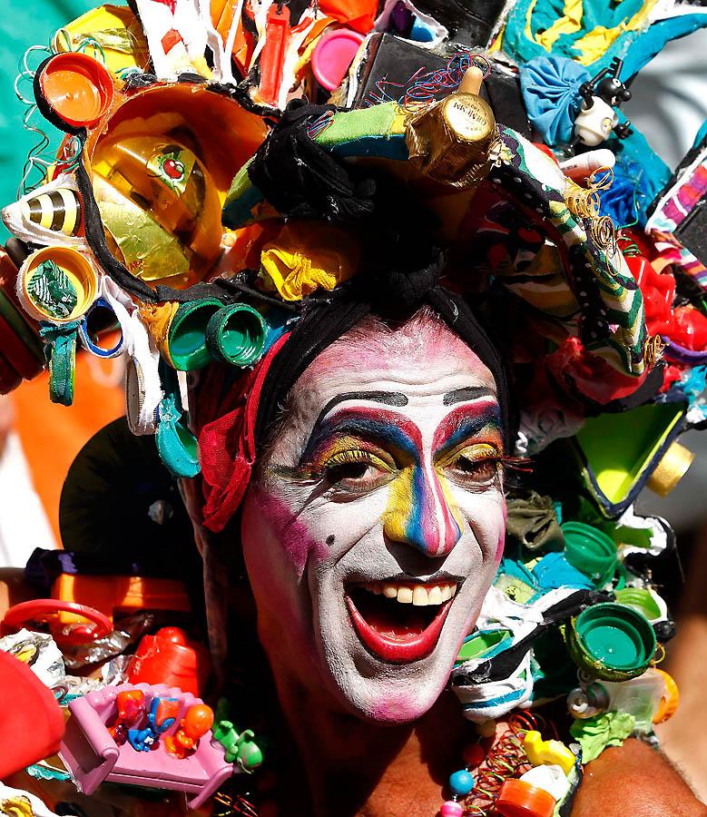 1596 Карнавал в Рио 2012