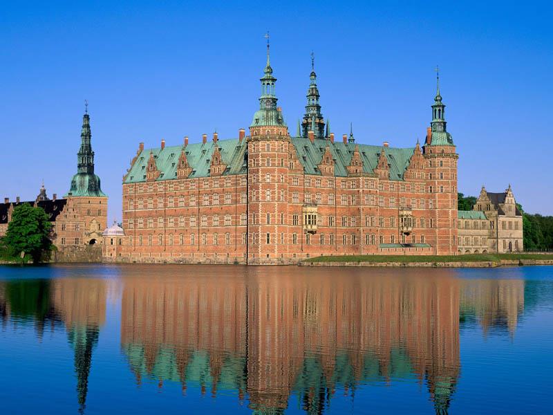 1733 Замки на воде или 20 самых красивых замковых рвов в мире