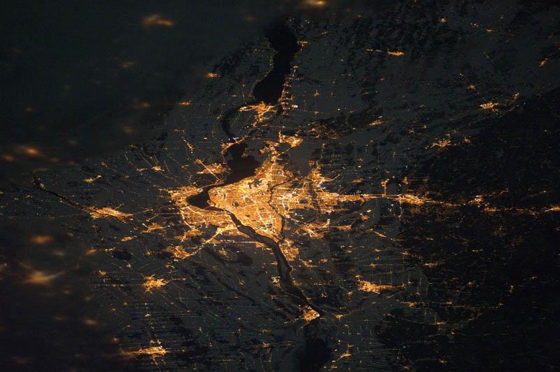 1773 Ночные города. Вид из космоса.