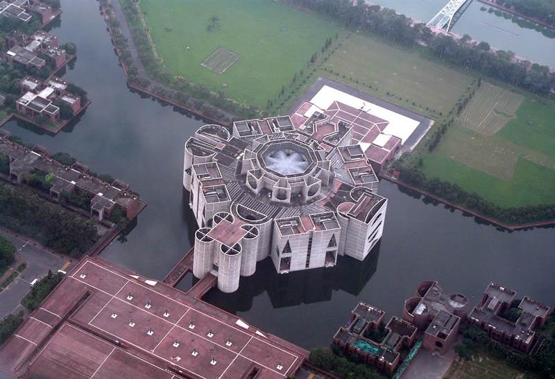 1930 Замки на воде или 20 самых красивых замковых рвов в мире