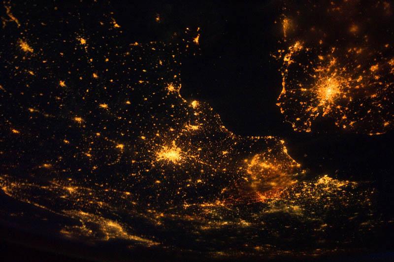1967 Ночные города. Вид из космоса.