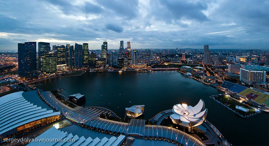 Теперь классический вид на сингапур