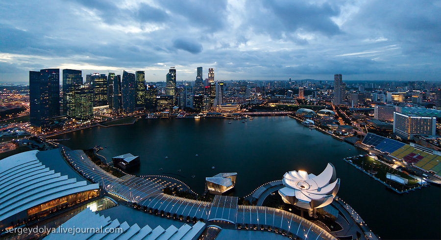 2100 Сингапур