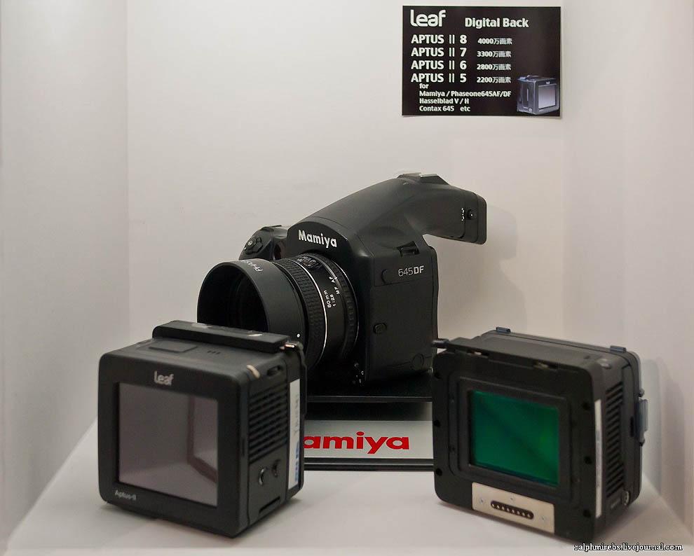 21100 Япония: Фотовыставка CPPlus 2012