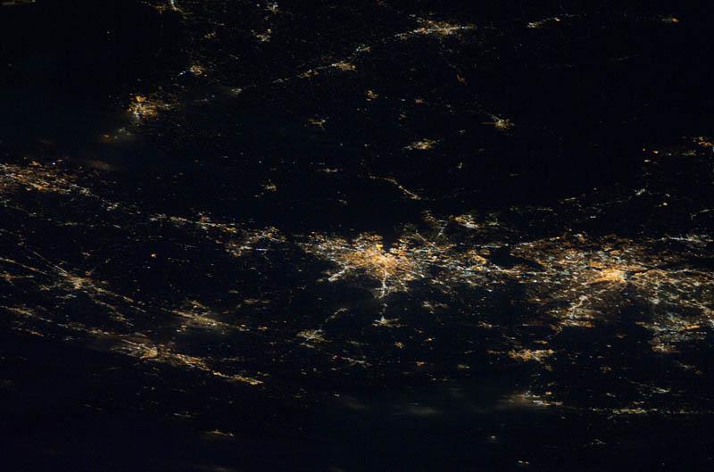 21114 Ночные города. Вид из космоса.