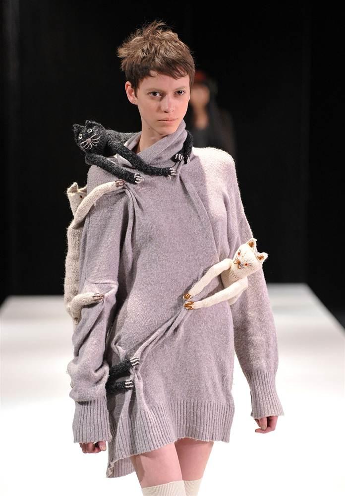 21117 Странные наряды на Нью йоркской неделе моды