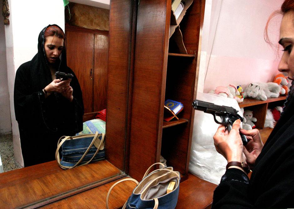 2148 Дневник фотографа: Зора Бенсемра арабская женщина фотокорреспондент