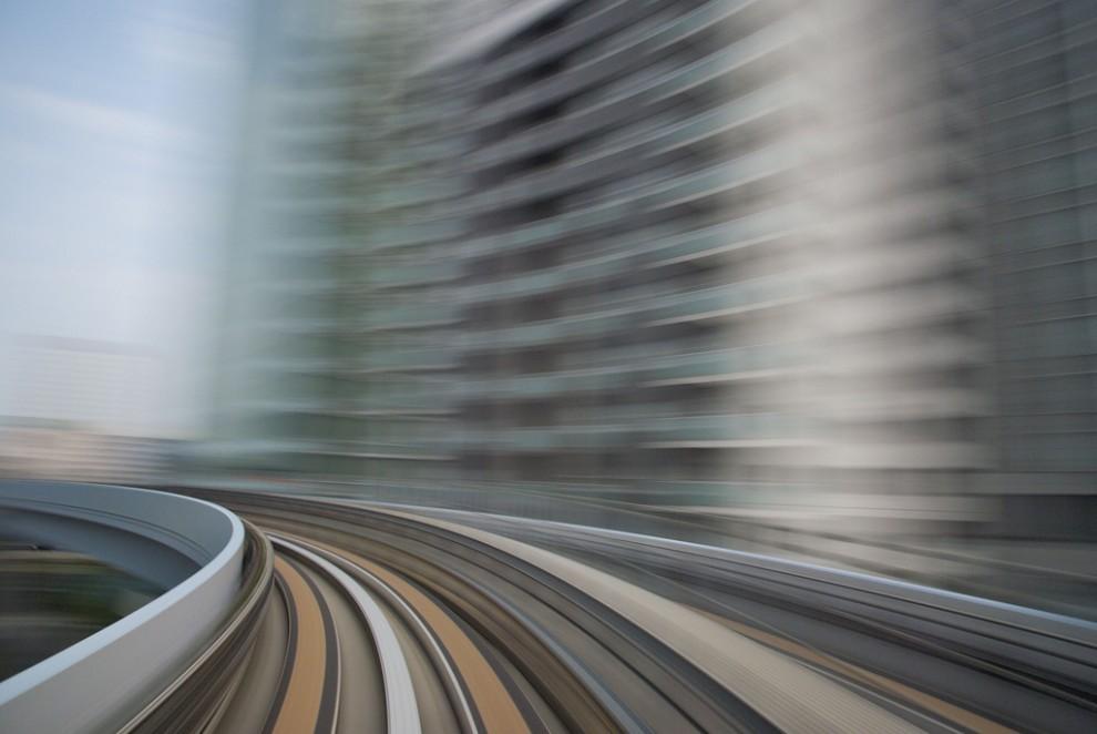216 990x662 Японские поезда: Как поймать скорость?