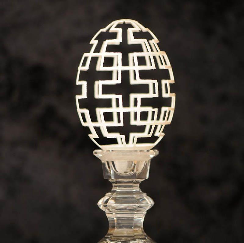 2174 Ажурные шедевры: Резная яичная скорлупа от Брайан Бэйти